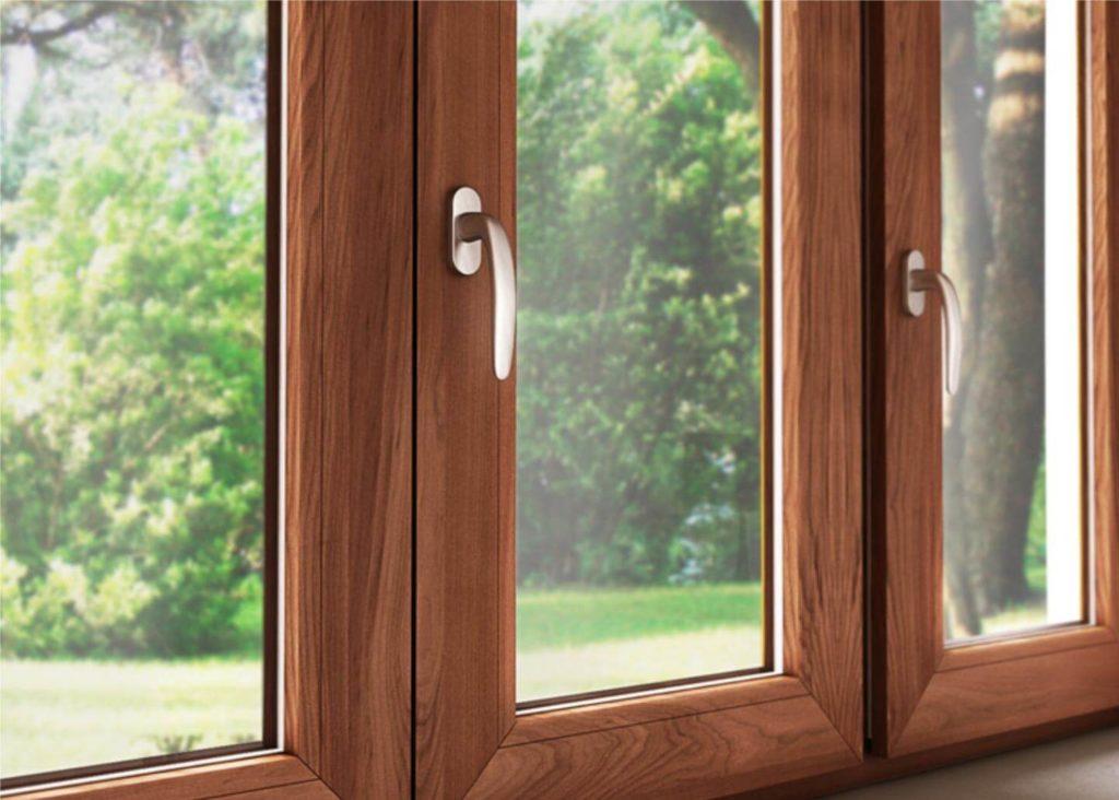 Металлопластиковые окна в ламинации под ценные породы древесины