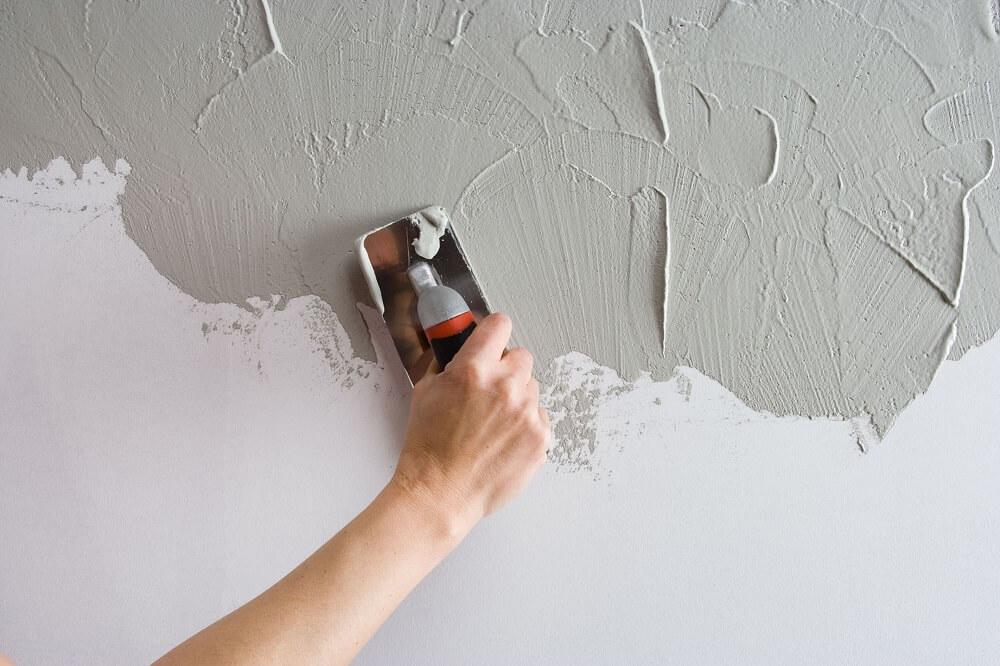 Штукатурка на стене